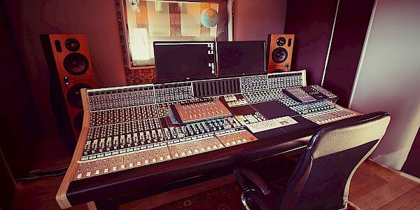 Tonstudio in Karlsruhe für Aufnahmen, Jingleproduktion und Videoproduktion