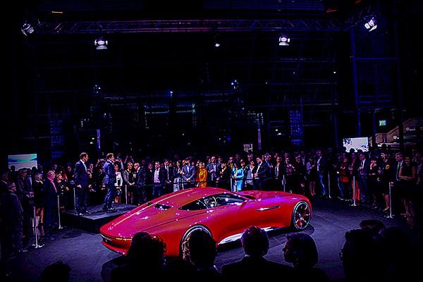 Autopräsentation Mercedes in der Messe Leipzig - Veranstaltungstechnik und Eventservice