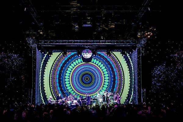 Messe Leipzig - Großbild-Videomapping als Bühnenprojektion mit Visuals und Lightshow