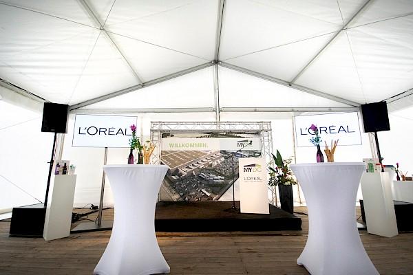 schickes Rednerpult weiß oder schwarz zur Miete für Tagung, Kongress, Opening in Karlsruhe, Mannheim, Frankfurt von PINK