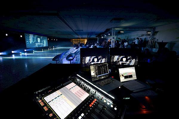 Fahrzeug-Präsentation Eventtechnik und Eventmanagement in Karlsruhe