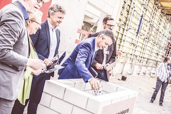Grundsteinlegung von IKEA in Karlsruhe - mit Eventzelt, Catering, Eventtechnik und Eventmobiliar von PINK Event Service