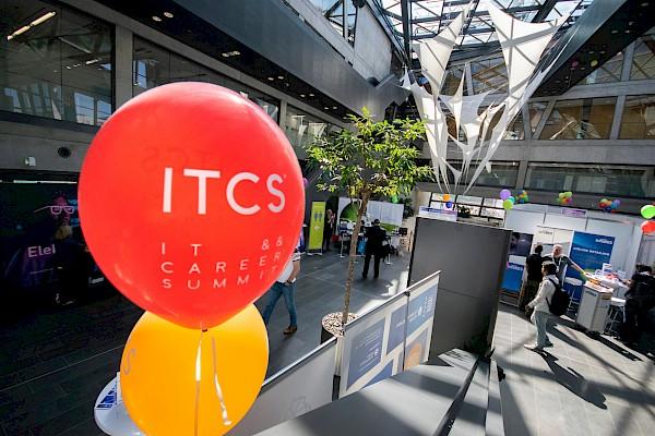 IT Karriere-Messe im Darmstadtium über zwei Ebenen mit Medientechnik von PINK Event Service