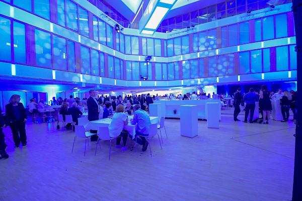 Firmenjubiläum in Karlsruhe feiern mit PINK Event Service - Eventagentur und Veranstaltungstechnik