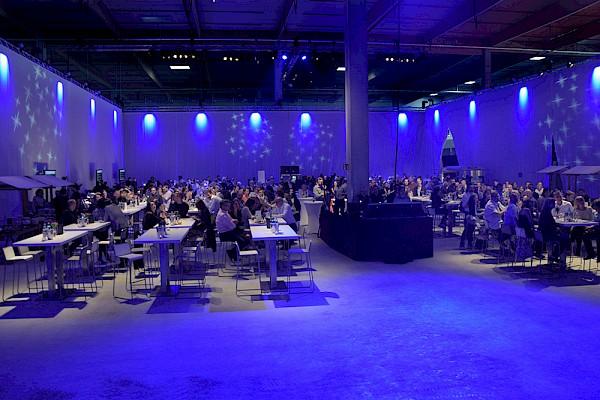 Veranstaltungstechnik und Atmosphäre für die Eröffnung des Logistikzentrums bei Frankfurt