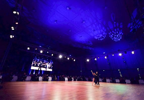 Die technische Konzeption und die Veranstaltungstechnik in der Schwarzwaldhalle kam von PINK Event Service