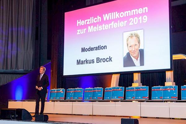 Moderatoren wie Markus Brock benötigen professionelle Ausstattung und Betreuung bei der Eventtechnik