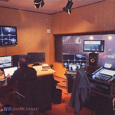 Digitalevent für die Corona Alltagshelden WIR SAGEN DANKE als Onlinefestival aus den RNF-Studios in Mannheim mit PINK Event Service