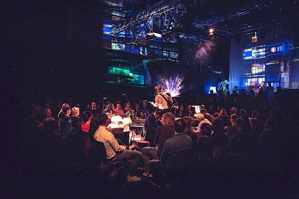 Das Vereinsheim - Konzert mit Gästen im Tollhaus Karlsruhe mit Veranstaltungstechnik und Sound von PINK Event Service - Bild: Evelyn Hollerith