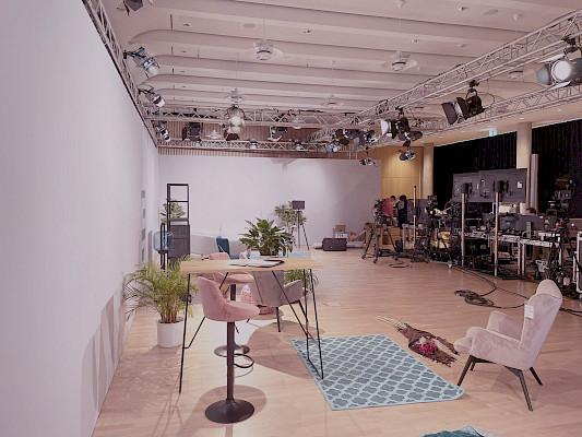 Wohnzimmer-Studio im dm-dialogicum in Karlsruhe